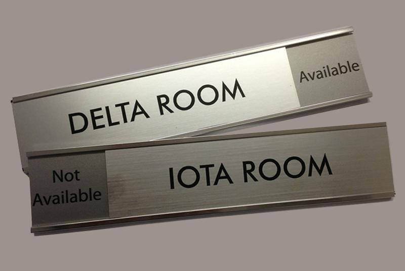 plaques & name plates - de signs