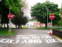 road_sign_02